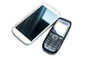 Переход от кнопочных телефонов к смартфонам увеличил количество травм головы и шеи
